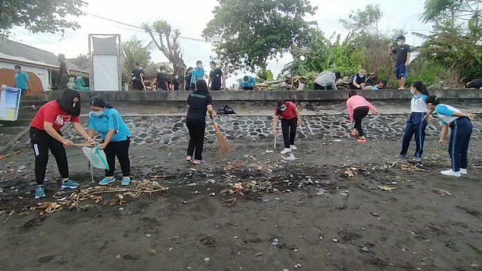 Bersih Pantai