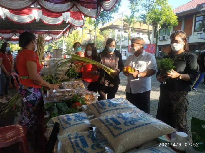 Pemkab Gianyar Gelar Pasar Tani