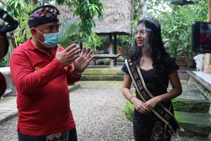 Putri Cilik Remaja Bali