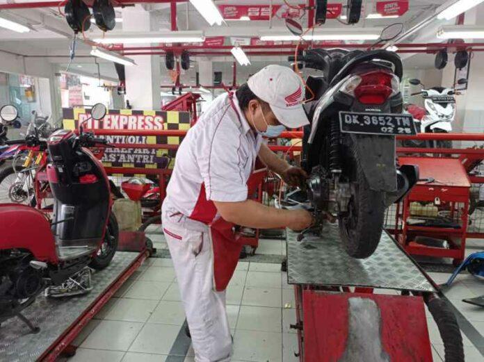 Servis Motor Honda